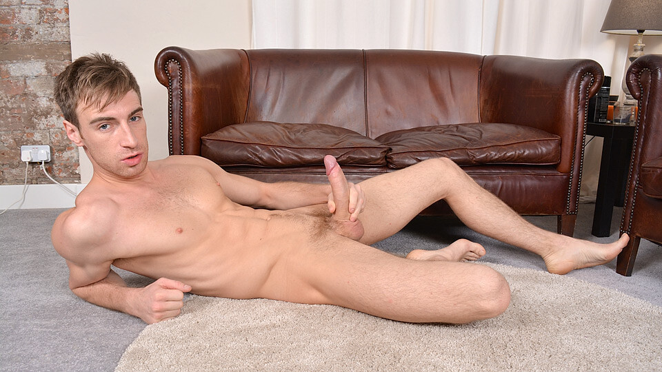 Catching Up With Hung Kayen! – Kayden Gray